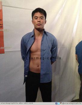 BACKSTAGE PHOTOS: Sexy Kapamilya hunks at the Cosmo Bachelor Bash 2014