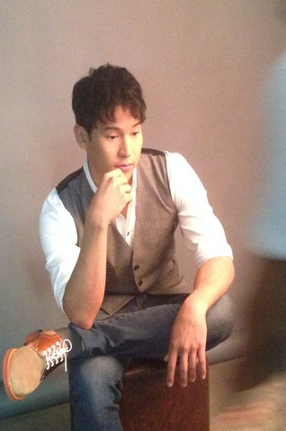 BEHIND THE SHOOT OF STAR MAGIC CATALOGUE 2015: Enchong Dee