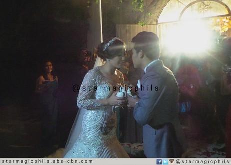 Exclusive wedding photos of Pilipinas Got Talent Season 2 Champion Marcelito Pomoy